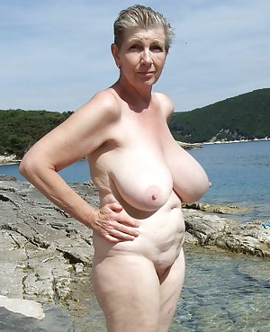Big Tits Beach Porn Pictures